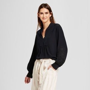 Who What Wear Long sleeve Embroidered Blouse XXL